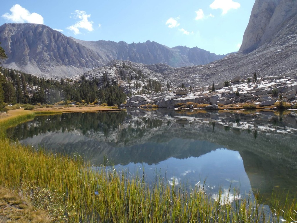 Alpine lakes galore! Many accessible only by hiking the JMT or connecting via multi-day spur trails to the nearest trailhead.